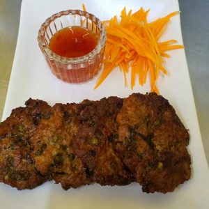 thai fried fishcakes with carrot and sweet chilli sauce